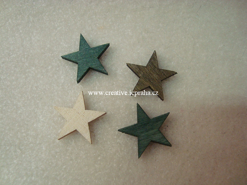 dřevo - hvězdičky 2cm barvy bal. 4ks A3870