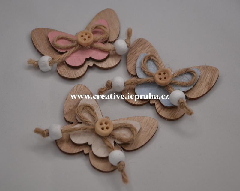 dřevo - motýl s knoflíkem 6cm/1ks natur/barva
