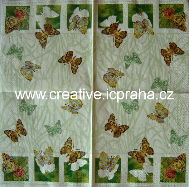 motýli v trávě na béžové  IHR