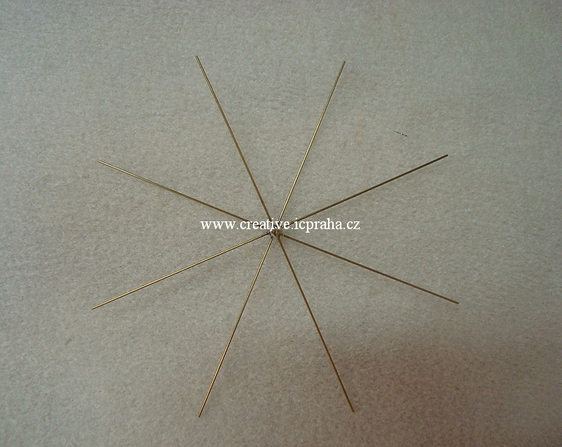 drát. hvězda pro korálk. ozdoby prům.10cm KP71022