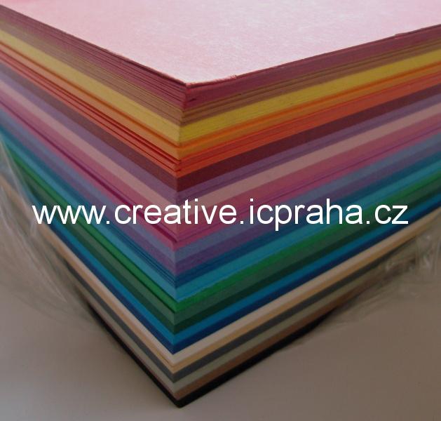 fotokarton A4 300g/m2  250 ks /25barev 614/25009