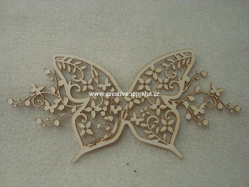 výřezy motýl/větvičky 14x7cm