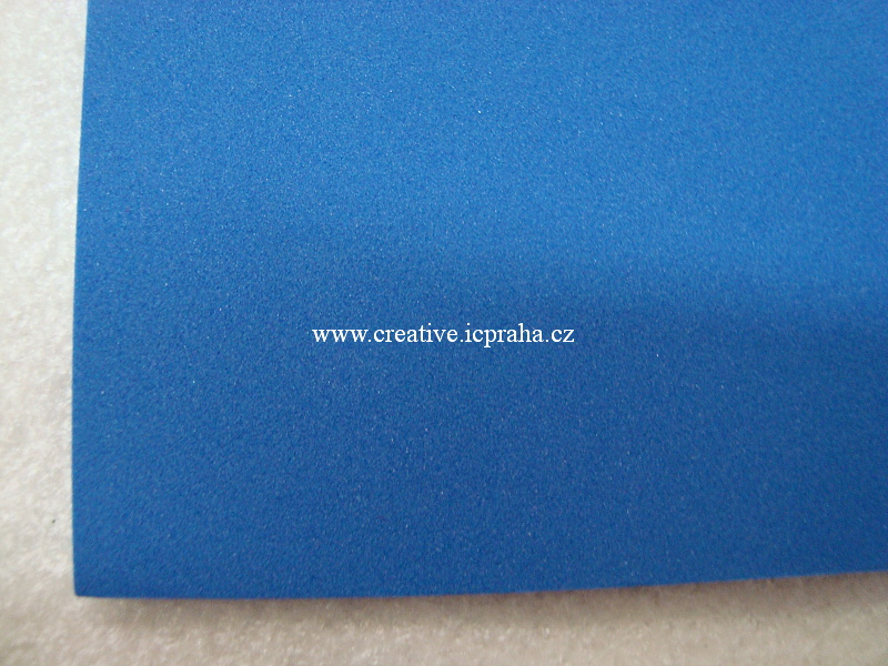Moosgummi 20x30 cm modrá námořnická KP