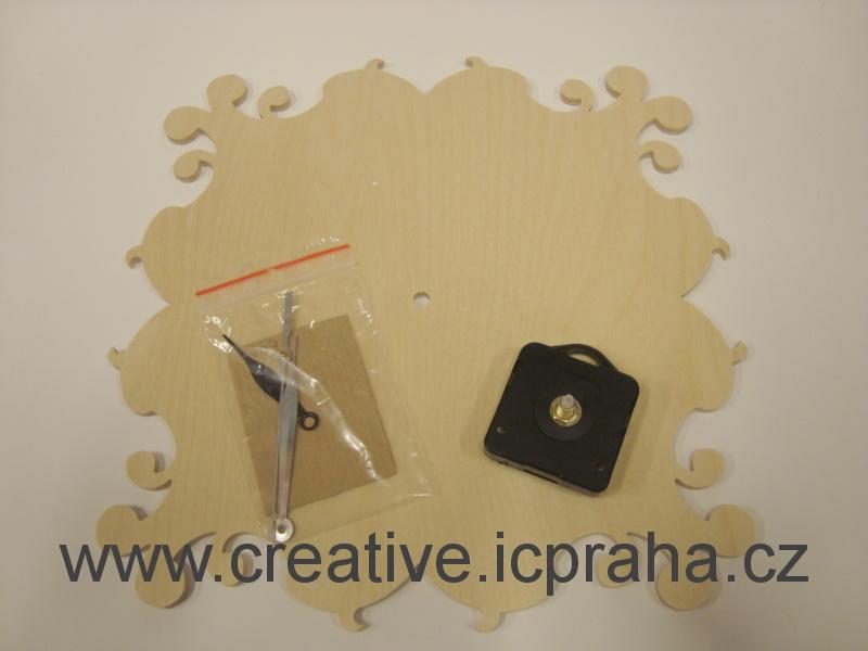 hodiny vyřezávané velké - čtverec