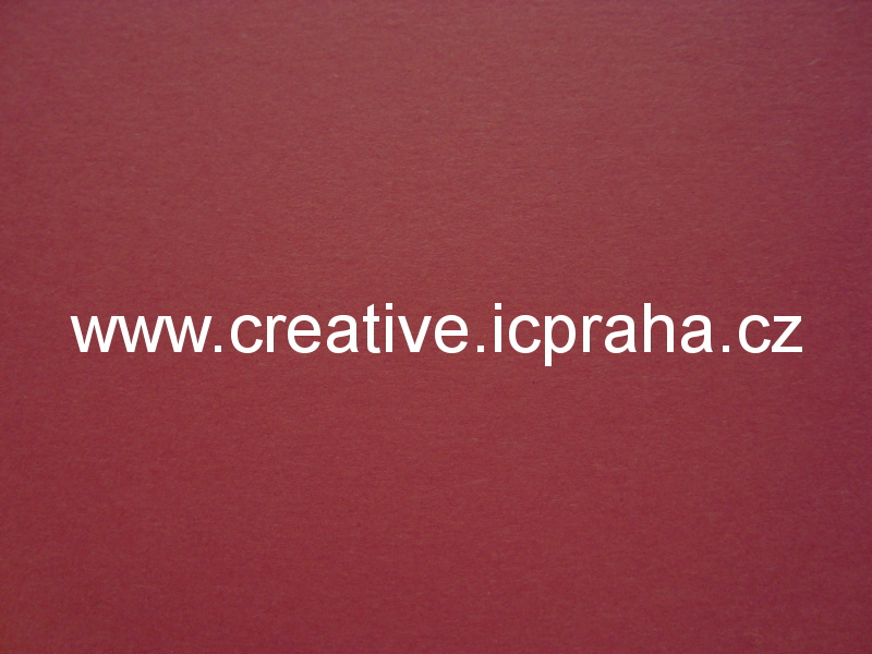 fotokarton 50x70 300g/m2 - tm. červená 6122