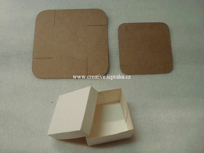 krabička s víčkem 5x5x3cm kraft 300g