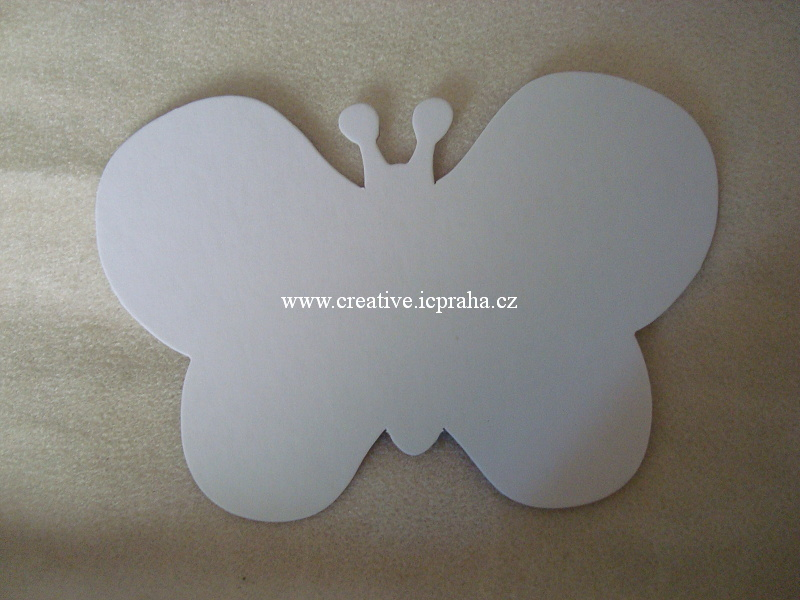 Motýl 17cm - 00510