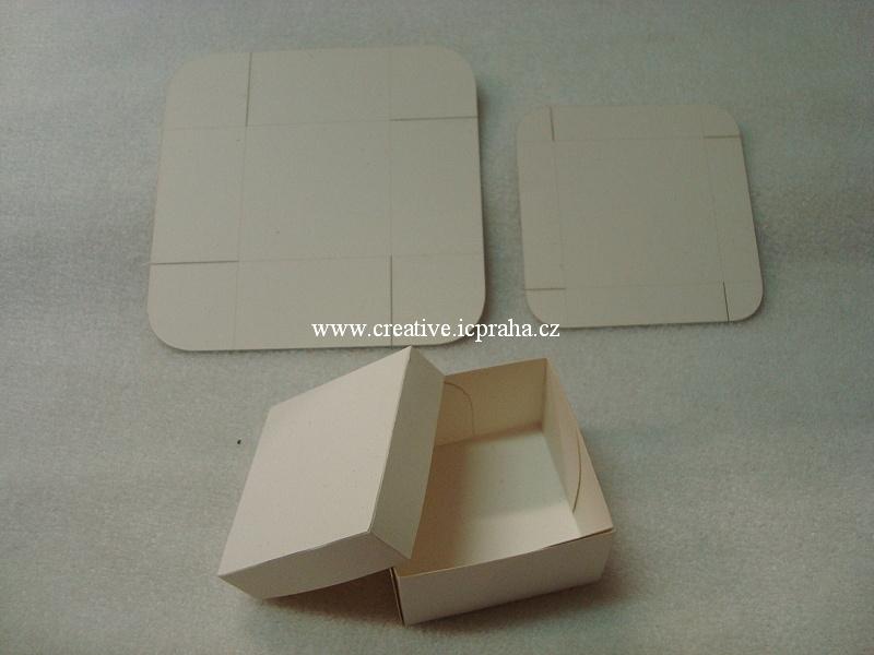 krabička s víčkem 5x5x3cm bílá 300g