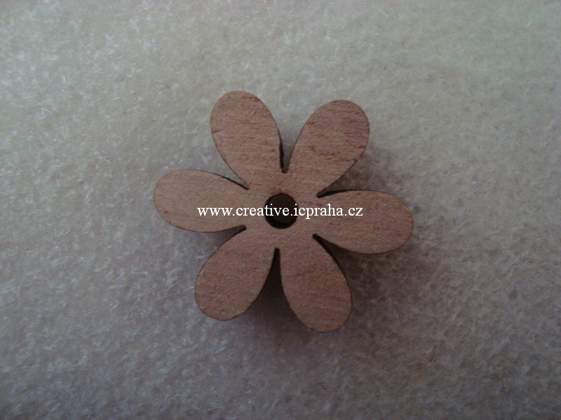 dřevo - kytka sedmikráska 2,5cm - natur