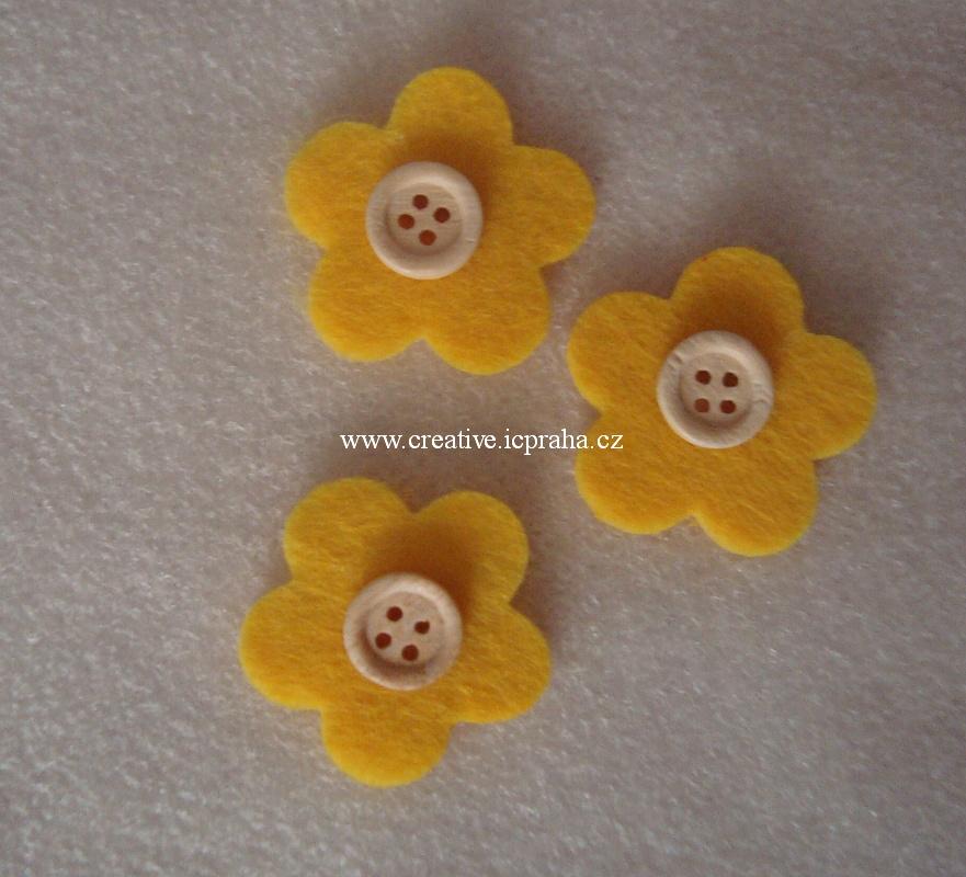 filc - květ s knoflíkem bal.3ks - žlutý