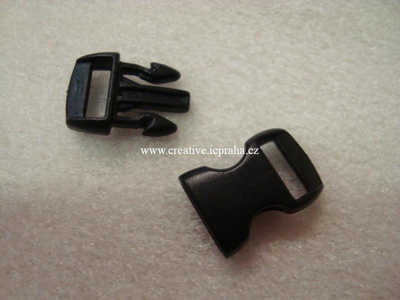 plastová spona 30x15x7mm černá
