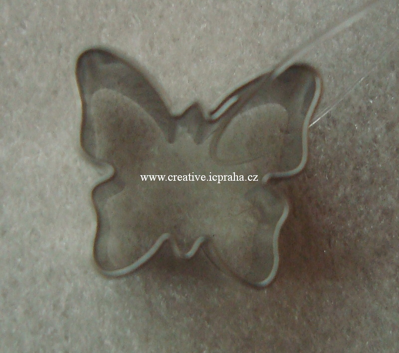 vykrajovátko CF motýl mini 1,5x1,5cm