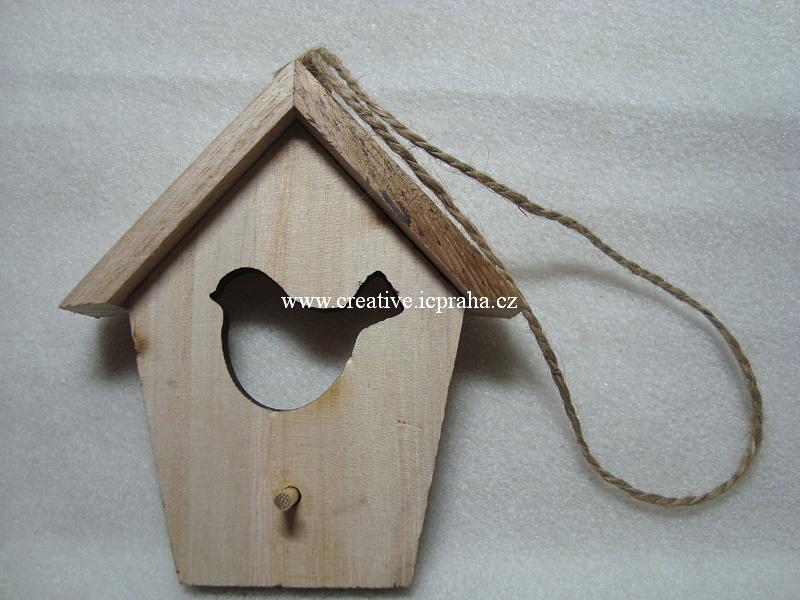 dřevěná budka  - natur s ptáčkem 12x9,5cm