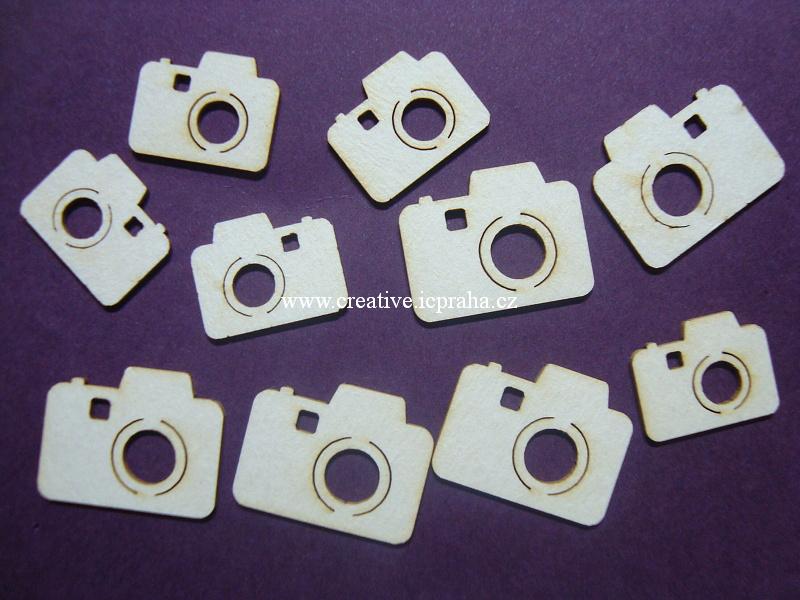 výřezy fotoaparáty 10ks 1,2-2cm