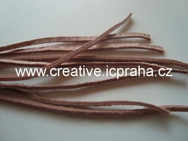 Kůže plochá růžová pastel. cca 110cm