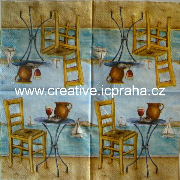 židle a stolek