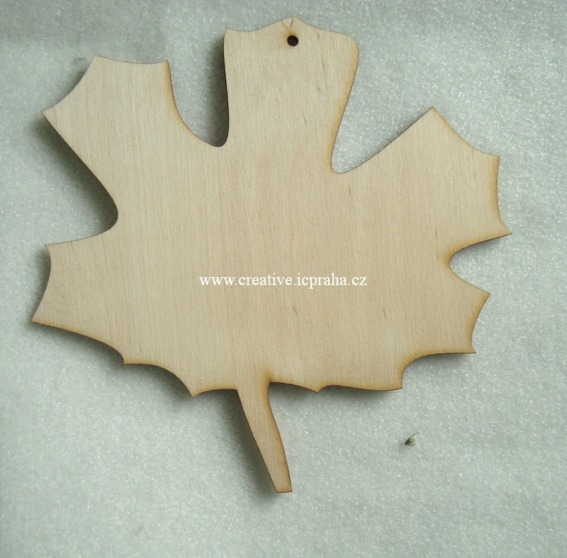 podložka list javor  cca 15cm