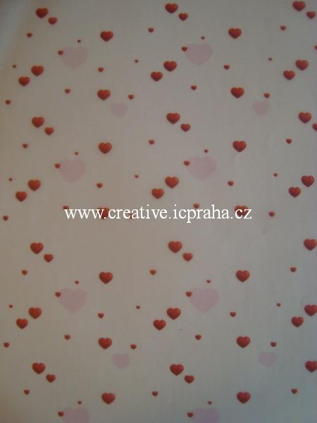 transp.papír 23x33cm - srdíčka