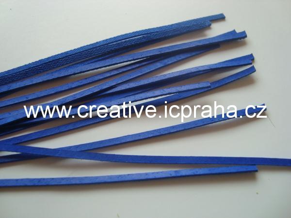 Kůže plochá modrá  cca 110cm