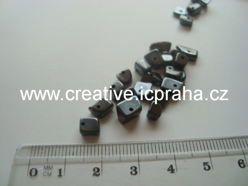 minerály Hematit zlomky 10g